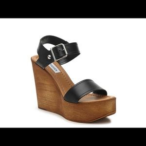 Steve Madden Candis Wedge in Black - size 37